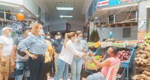 comerciantes del Mercado de Cristo Rey